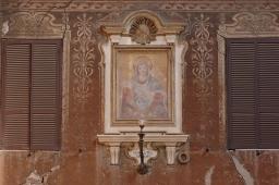 facade-with-light