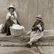 laughing-bread-ladies
