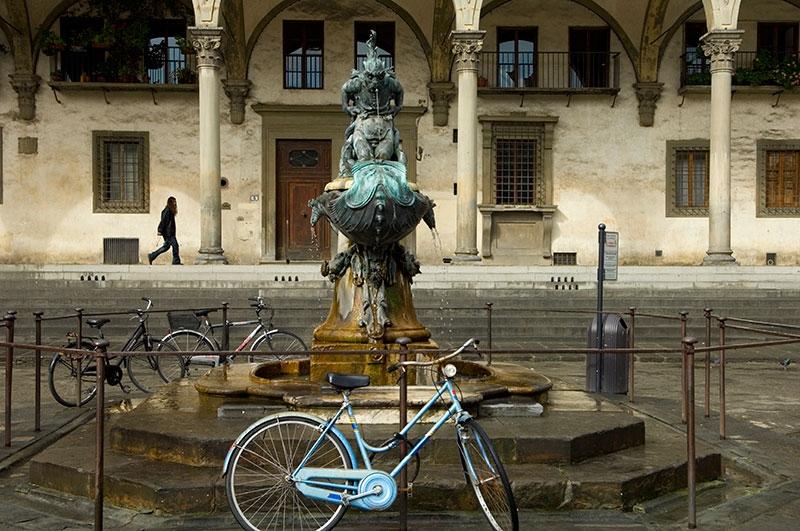 blue-at-fountain-9x13-copy