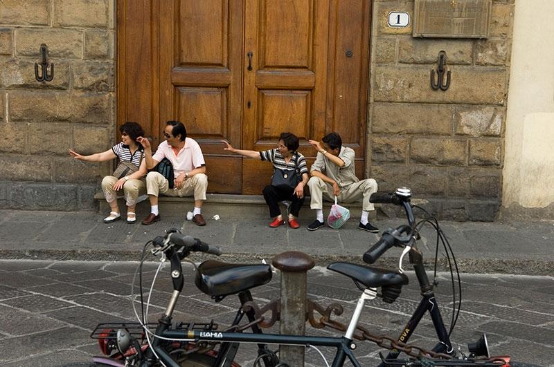 japanese-tourists-9x13