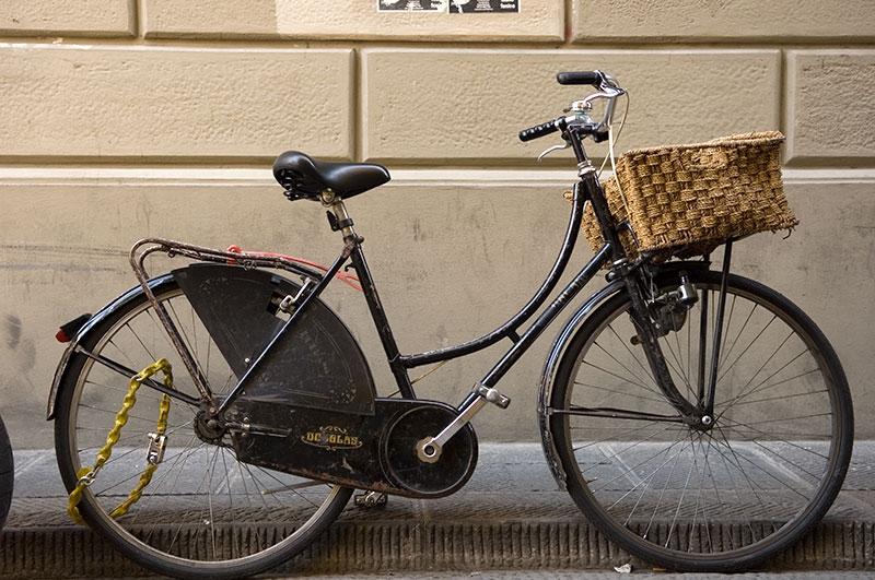 woven-basket-9x13