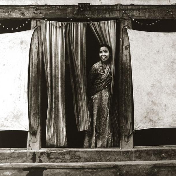 stone-curtain-nepal