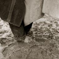 muddy-sandals