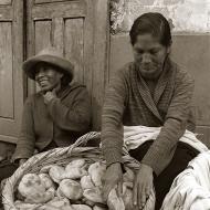 shuffling-bread